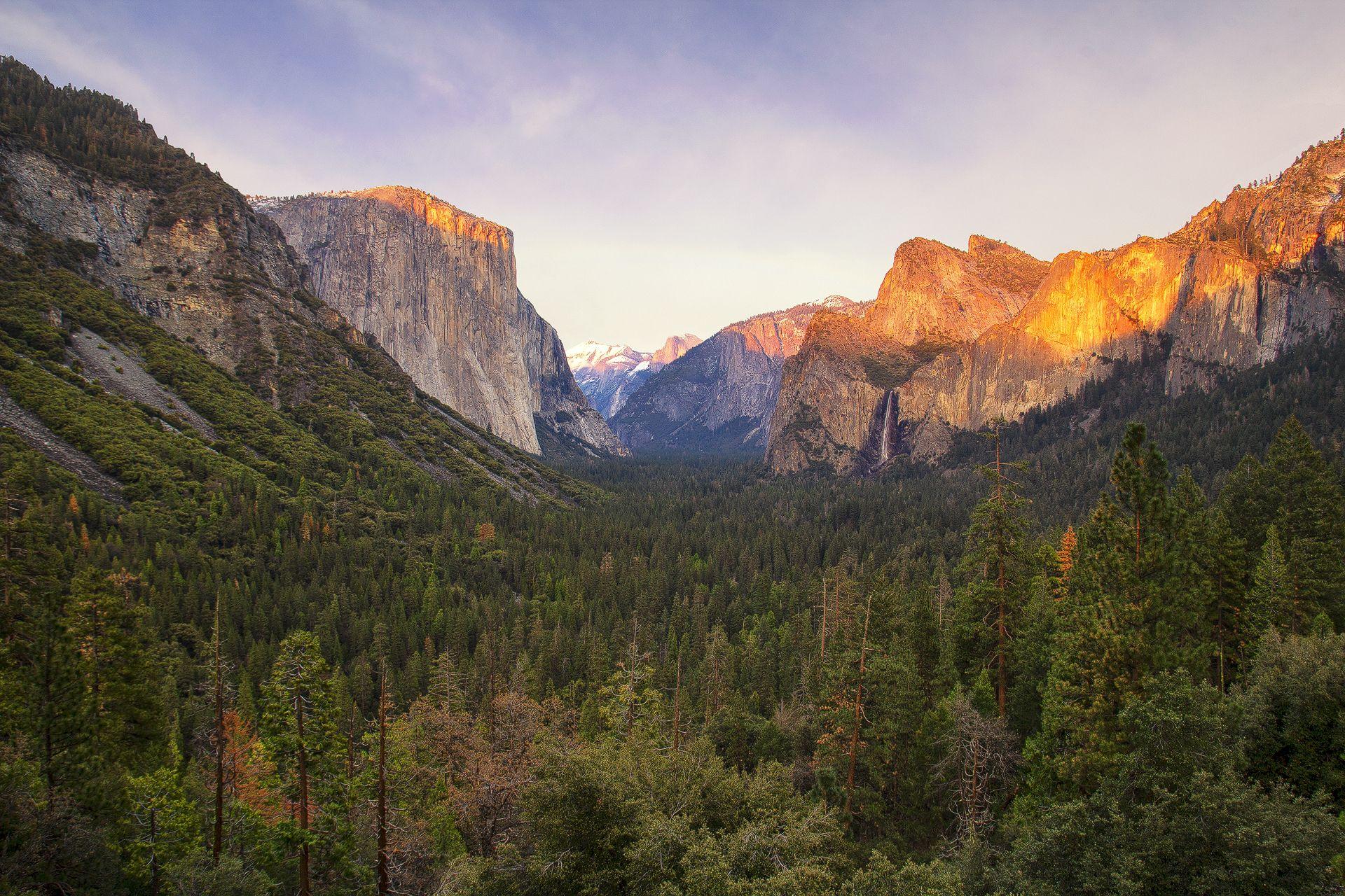 scenic, Tunnel View, El Capitan, Half Dome, Bridalveil Fall, Yosemite National Park, State Route 41, Wawona Tunnel, California, USA