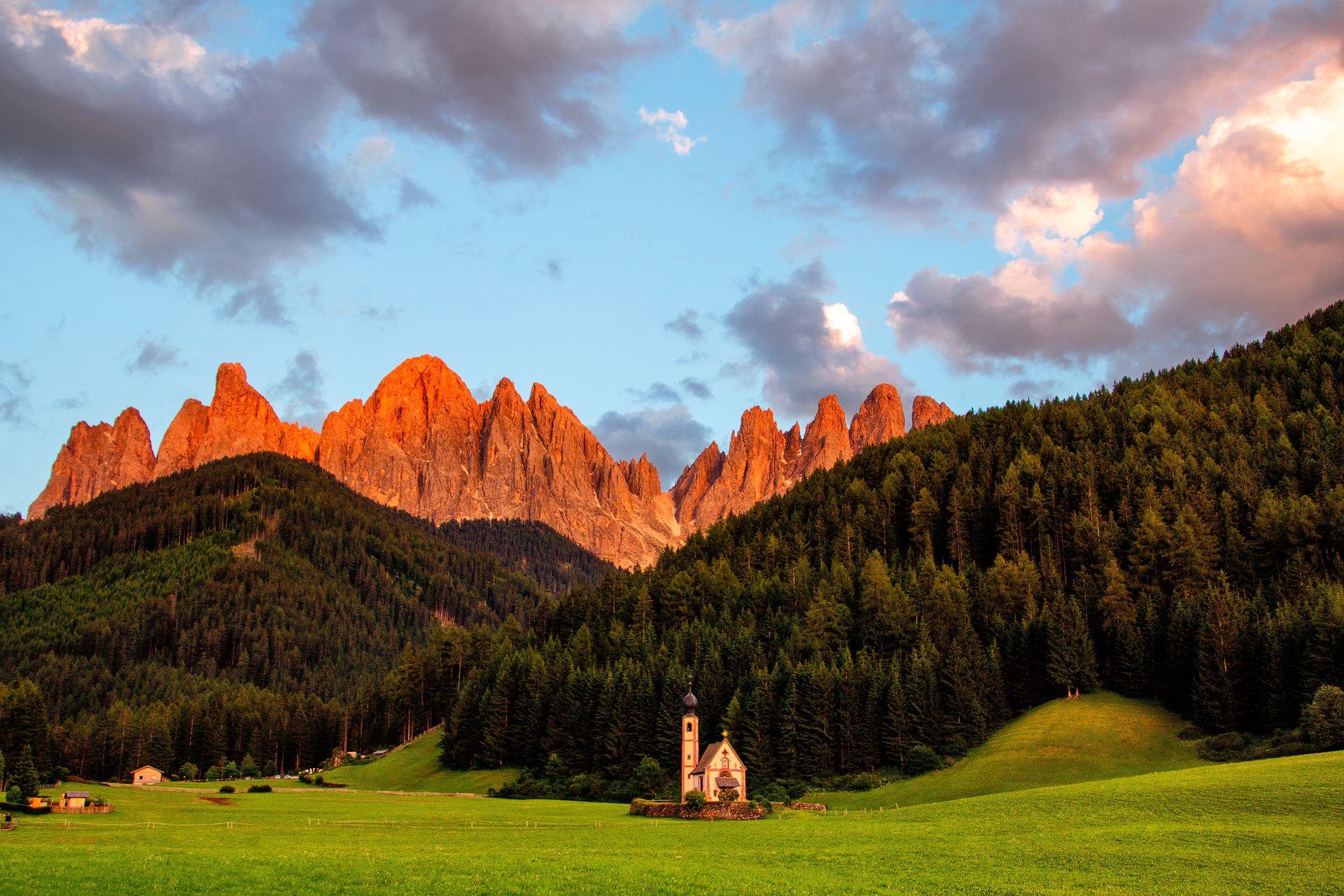 St Johann Church (San Giovanni), Puez-Geisler, Val di Funes, South Tyrol, Italy, church, sunrise, mountains, earthporn, clouds, landscape