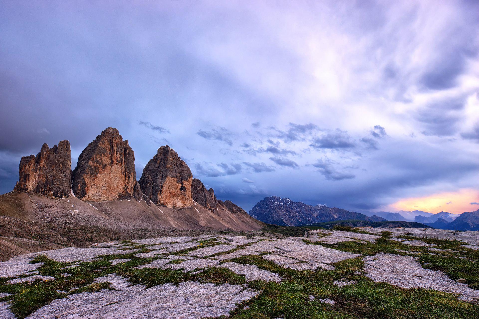 Tre Cime di Lavaredo, Drei Zinnen, sunset, mountains, Sexten Dolomites, South Tyrol, Italy