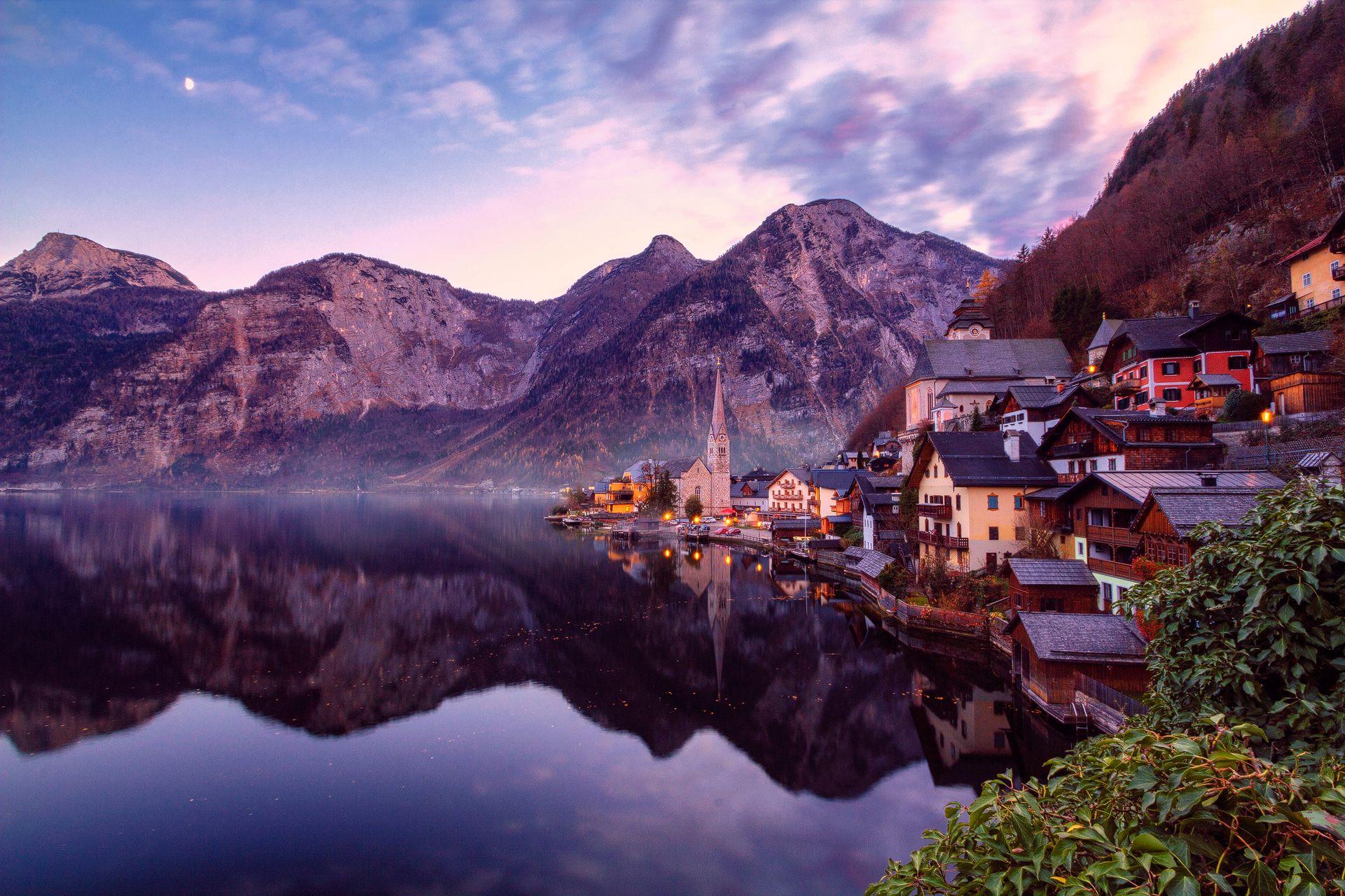 Lake Reflection, village, church, Hallstatt, Salzkammergut, Austria